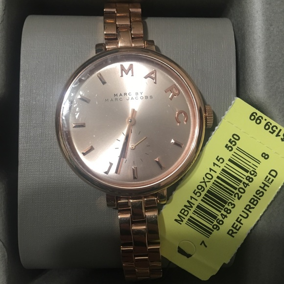Marc Jacobs Accessories - Rose gold analog Marc Jacob women watch